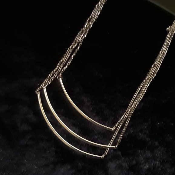 Metal Jewelry - 🍉Final price drop! NWT Metal 3 chain necklace
